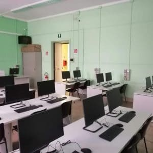 Laboratorio informatico - Taranto (TA)